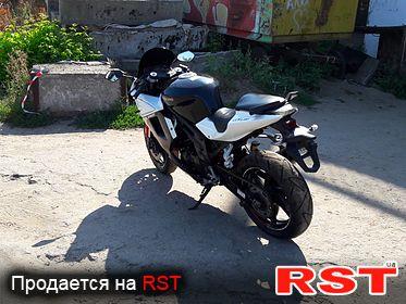 МОТО СПОРТБАЙК Hyosung  GT 650 R 2013