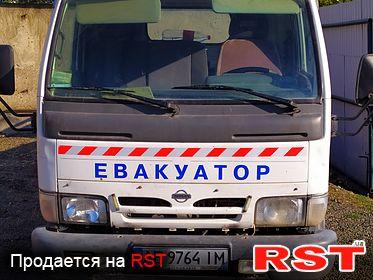 СПЕЦТЕХНИКА Эвакуатор Ниссан Кабстар 2001